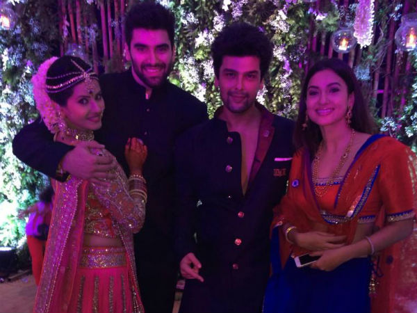 Nikitin And Kratika With Gauhar And Kushal