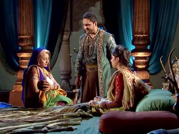 Jodha Akbar: Will Sharifuddin Kill His Own Child?