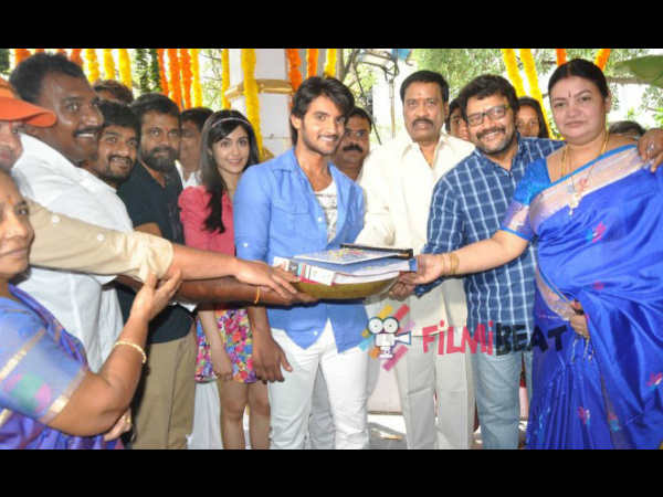 Saikumar Hands Over Garam Script To Madan