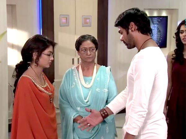 Kumkum Bhagya: Abhi Apologizes To Pragya!