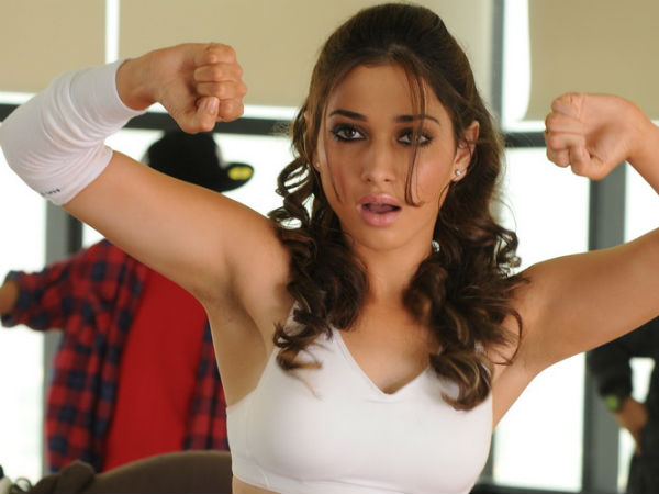 Tamanna Performs Heavy Stunts For Baahubali