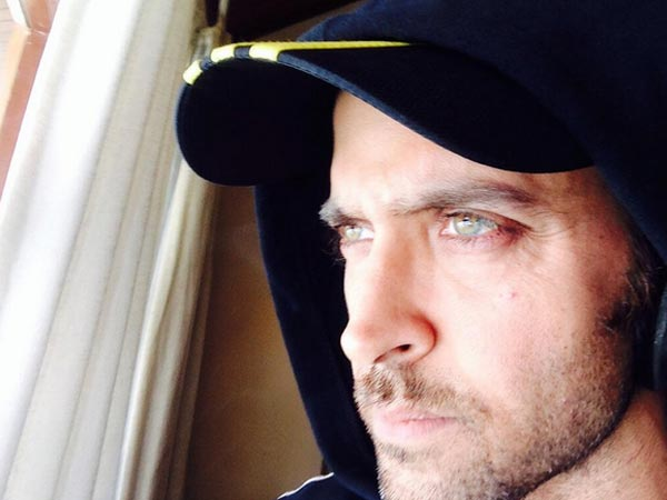 How To Be An Uber Driver >> Hottest Selfies Of Hrithik Roshan That'll Drive You Crazy ...
