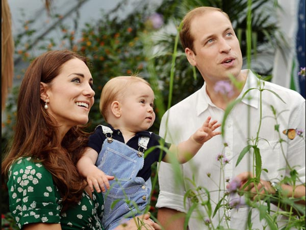Revealed: Kate Middleton Is Expecting Twin Girls!
