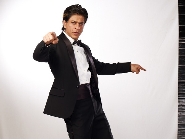 Shahrukh Khan Danced With A Nurse On Dil Se Naachein Indiawaale!