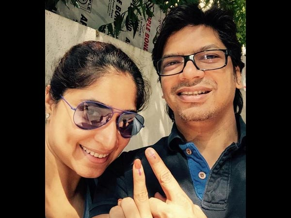 Pics: Bollywood Celebrities Cast Their Vote In Assembly