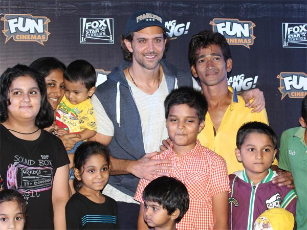 Hrithik With Another Group Of Fans
