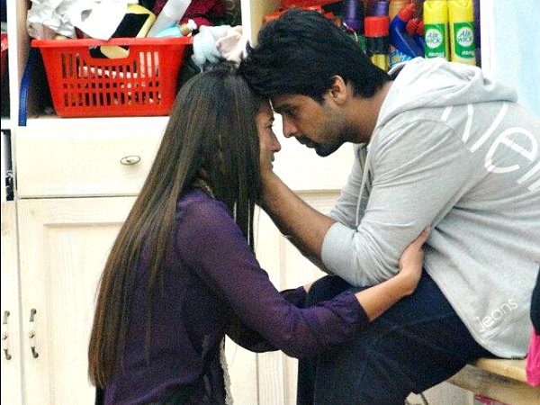 Just A Fight And Patch Up Between Gauhar Khan And Kushal Tandon