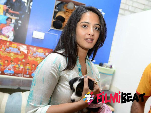 Anushka Shetty To Make Her Kannada Debut