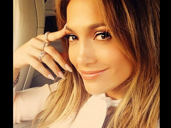 Jennifer Lopez Reveals Her Darker Past