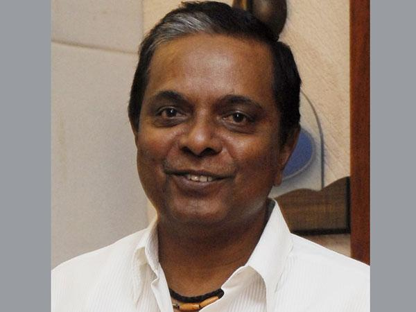 Bollywood Celebrities Pay Tributes To Sadashiv Amrapurkar