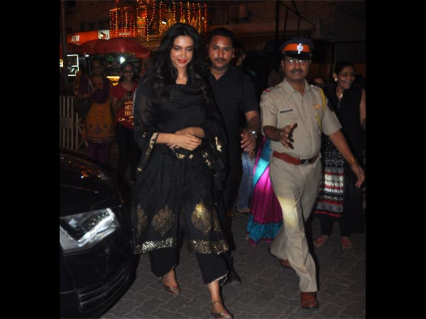 Deepika Accompanied By Policemen