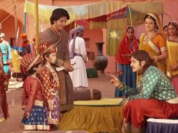Jodha Akbar: Salim Punished!
