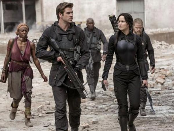 The Hunger Games Mockingjay-Part 1 Movie Review