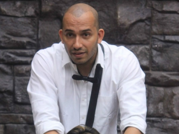 "Ali Gets Royal ""Vaat"" From Dimpy Mahajan On Bigg Boss 8"