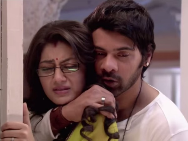 Kumkum Bhagya: Abhi Molests Pragya After Aaliya Provokes Him