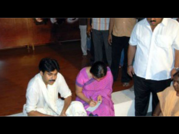 In Pics: Pawan Kalyan And Renu Desai