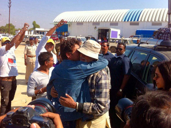 When Irrfan Khan Kissed Amitabh Bachchan