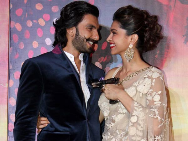 OMG! Did Ranveer Singh Accept His Love For Deepika Padukone?
