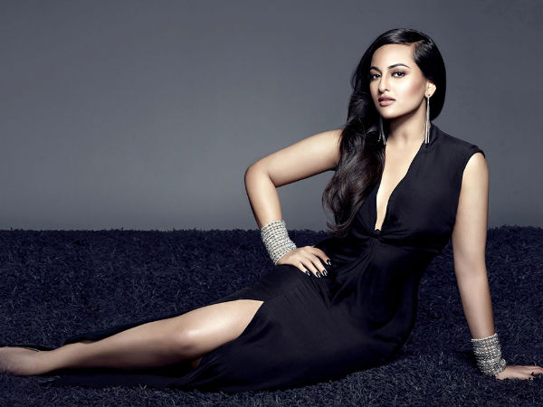 Sonakshi Sinha Happy With Response To Rajinikanth Starrer Lingaa