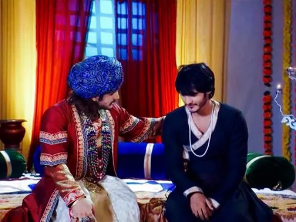 Jodha Akbar: Salim Confesses His Love To Akbar