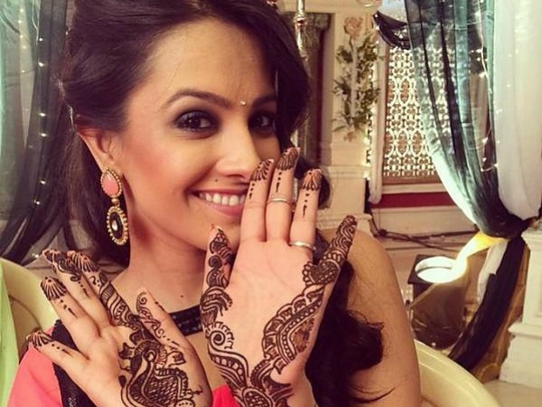Yeh Hai Mohabbetain: Shagun Plans Her Anniversary At The Bhalla House