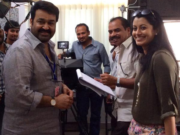 Reenu Mathews Joins Mohanlal And Sathyan Anthikad