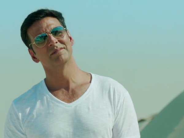 Watch: Akshay Kumar Fall In Love In Baby Song