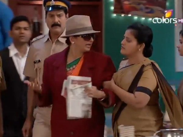 Chaitali's New Look As Detective