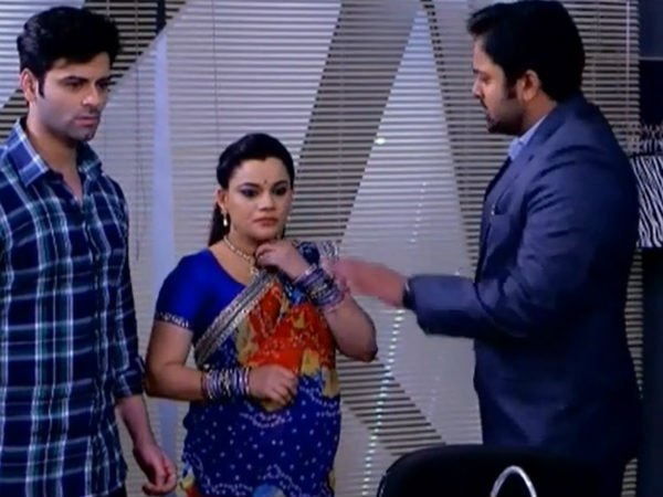 Diya Aur Baati Hum: Ankur Brainwashes Meenakshi, Vikram; To Take Advantage Of Bhabho's Health?