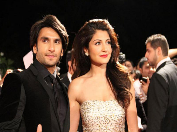 Ranveer-Anushka At An Event