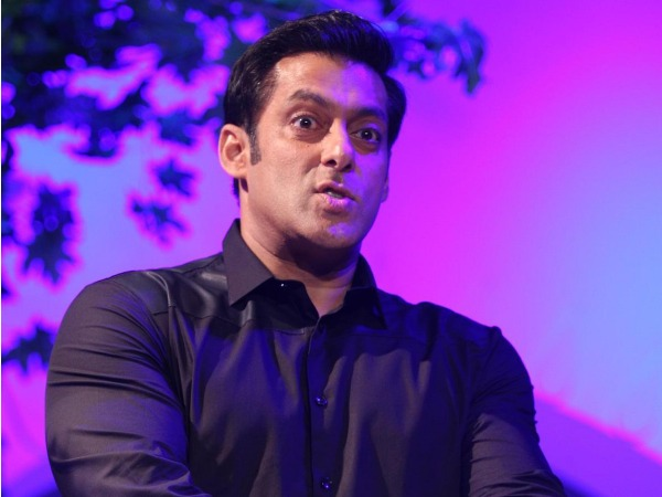 Bigg Boss 8 Host Salman Khan Was Against Bigg Boss Halla Bol?