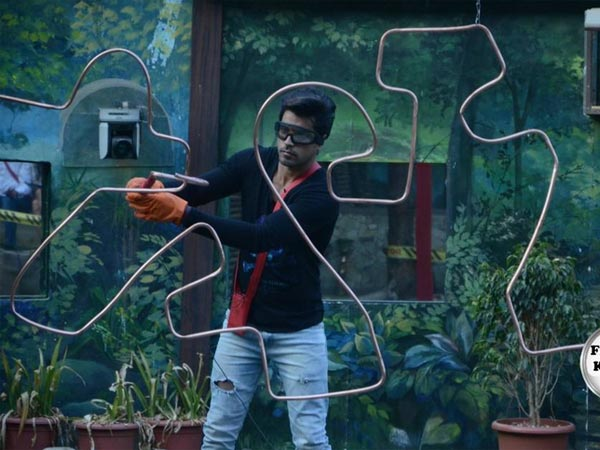 Gautam Wins 'Fear-Factor' Task