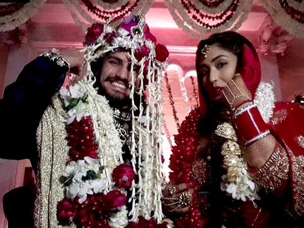 Family photo of the actor, married to Shrishti Nayyar , famous for Jodha Akbar & Fear Files: Darr Ki Sacchi Tasvirein .