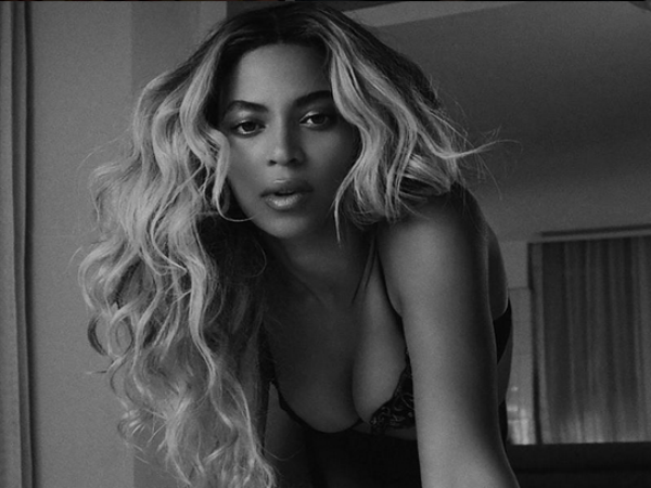 Beyonce's 'Crazy In Love' Fifty Shades of Grey Version Out!