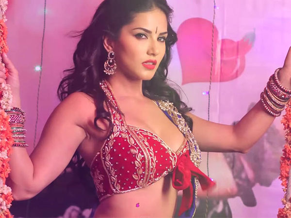 Hot And Sizzling Sunny Leone In Song Sessamma
