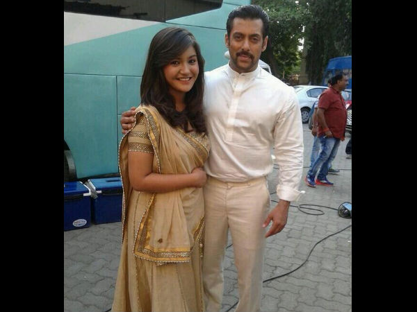 Salman Khan With A Female Fan
