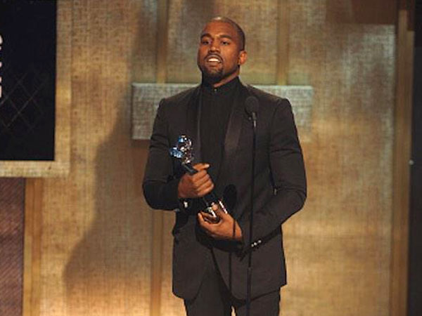 Kanye Wins BET Honors