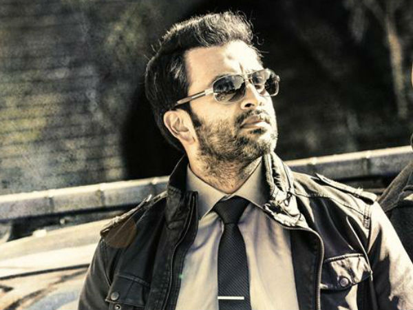 Prithviraj To Romance 3 Heroines In 'Anarkali'