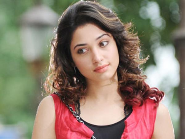 Tamannaah | Actress Tamanna | Tamanna In Lip Lock Scene ...