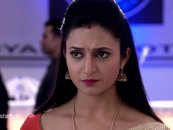 Yeh Hai Mohabbatein: Will Ishita And Her Sister Break Shagun's Lawyers?