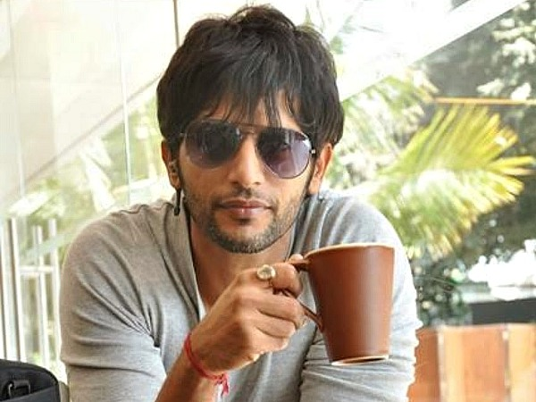 Karanvir Bohra Not Quitting Qubool Hai!