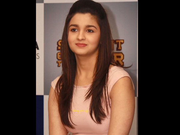 Check Out: Alia Bhatt's Hottest Pic Ever!