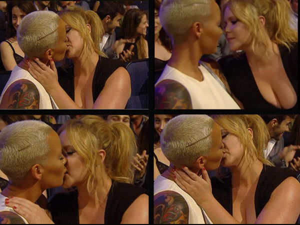 What!! Amber Rose & Amy Schumer Make Out At MTV Movie Awards 2015