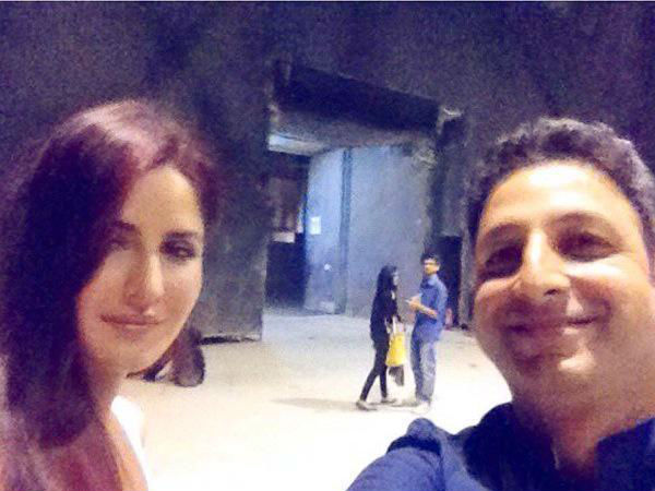 Katrina With A Fan