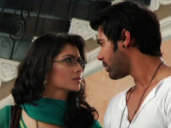 Kumkum Bhagya: Pragya To Sacrifice Her Love Abhi For Tanu!