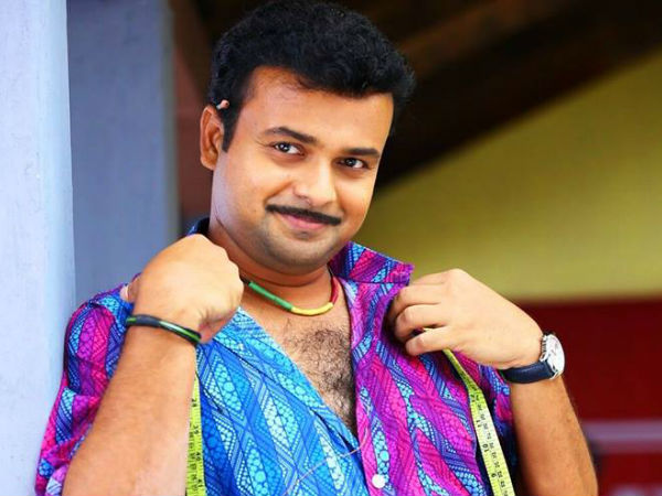 Kunchacko Boban As Tailor And NRI