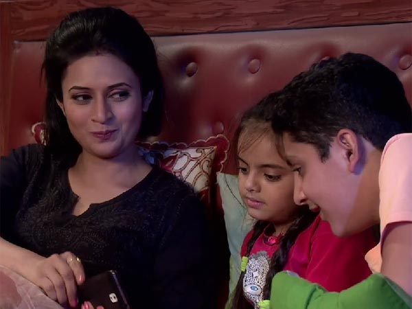 Ishita And The Kids