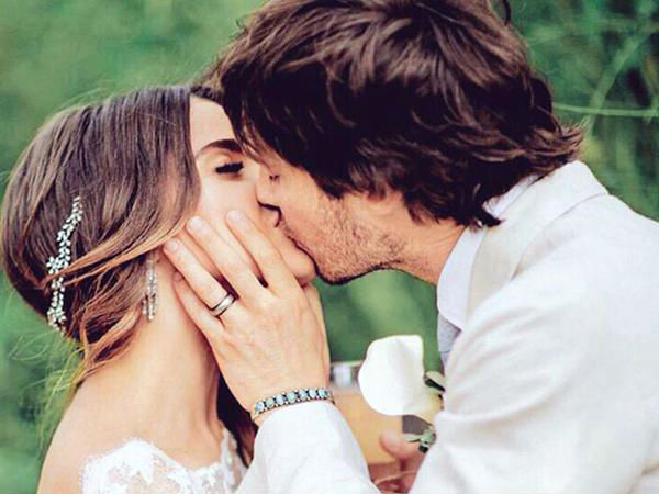 Nikki reed ian somerhalder wedding nikki reed ian wedding video nikki reed celebrates 1st month anniversary with a wedding video junglespirit Gallery