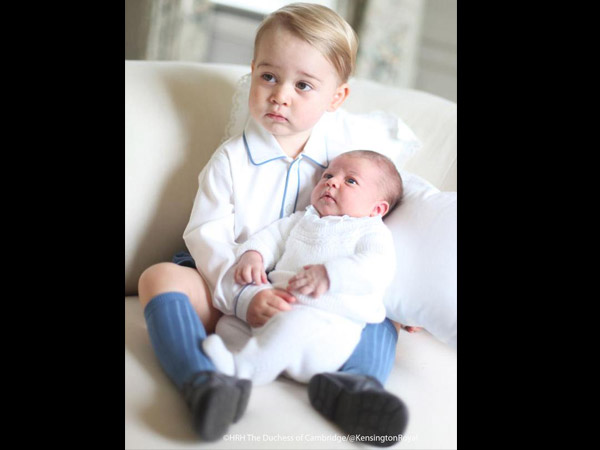 Sibling Love: Prince George & Princess Charlotte's Pics Will Melt Your Heart!