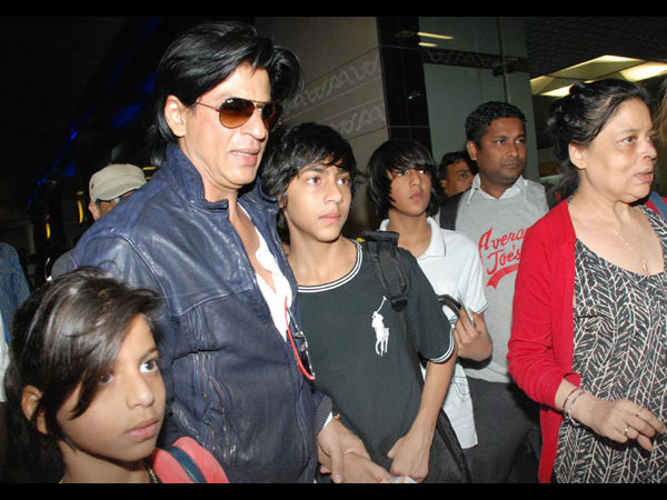 Aryan, Suhana With Dad